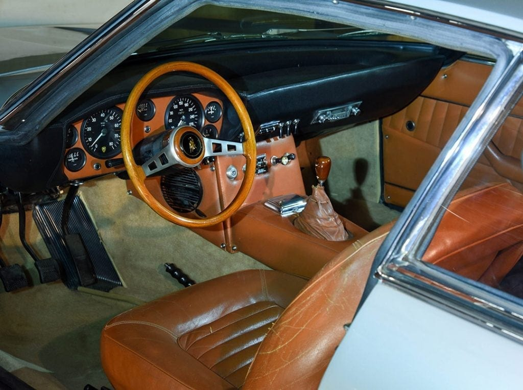 1968 Lamborghini Islero. Auctioned by Bonhams at 9 March 2017 for 204,000 pounds. Photo Bonhams interior