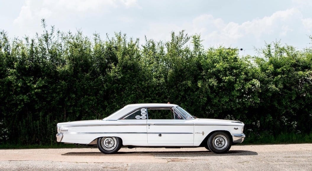 Ford-Galaxie-500-side-view